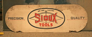 sioux tools sign