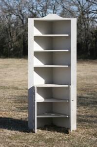 white vintage build in corner cabinet 02