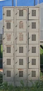 3 lockers