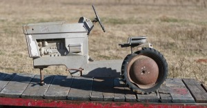 404 pedal tractor