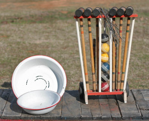 croquet set and pans