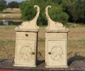 pair of ornate vanity pieces 01