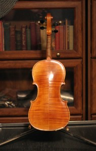violin 03 Stradivarius copy - back -