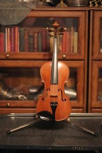 violin 04 Stradivarius copy - front -