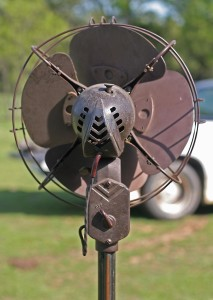 antique pedestal fan back
