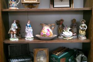 shelf 06